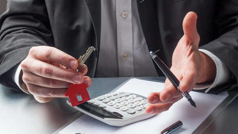 How Much Are Typical Closing Costs when buying a home